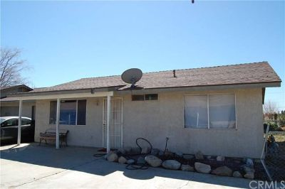 18509 New Hampshire Street Adelanto, DUPLEX FOR SALE!!