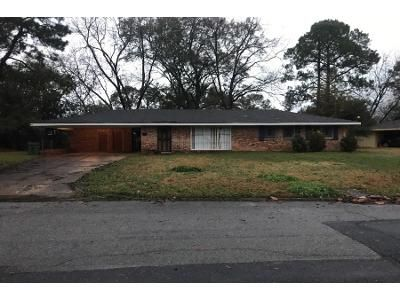 3 Bed 2 Bath Preforeclosure Property in Montgomery, AL 36111 - Byrne Dr