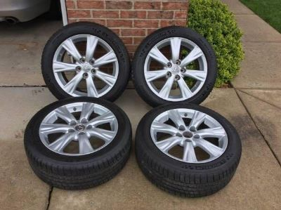 2010 Lexus GS350 rims and brand new Michelin tires!