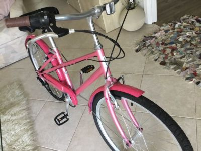 "Schwinn  24 inch girls ""Salina "" bike"