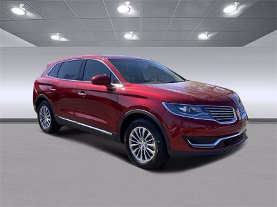 2018 Lincoln MKX Select (Ruby Red Metallic Tinted Clearcoat)