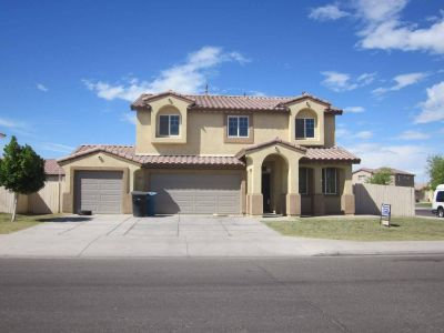 House for Sale in Calexico, California, Ref# 751024