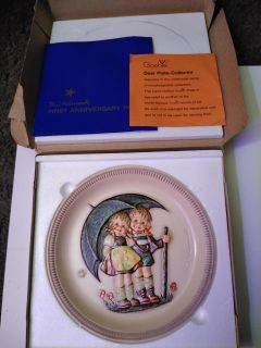 Pick up now!$30 obo new 1975 m.j Hummel first edition anniversary plate