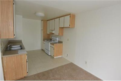 Lovely 2 Bed 2 Bath Upstairs Apartment