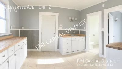 Bright 2 bedroom apartment W/ Gorgeous Butcher Block Counters