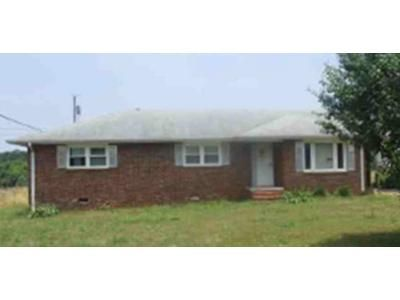 3 Bed 1 Bath Foreclosure Property in Anderson, SC 29624 - Lyonswood Dr