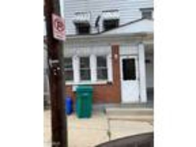 Three BR One BA In Bethlehem PA 18015