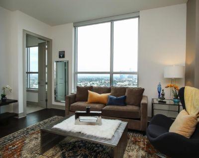 $3250 1 apartment in Inner Loop