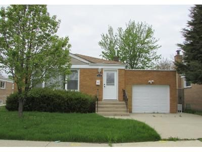 1 Bath Preforeclosure Property in Chicago, IL 60652 - W 82nd Pl