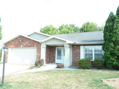 5333 W FLAGSTONE Drive Peoria Two BR, Enjoy the activities in