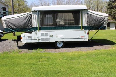 2002 Coleman Cheyenne Pop Up Folding Camper