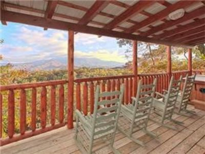 $109, Beautiful Gatlinburg Mountain Cabin  Together Forever