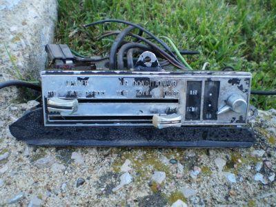 AC Heat Control Heater knobs Cutlass 442 W30 Oldsmobile 68 69 AC A/C RARE