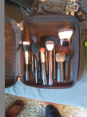 Make up kit items