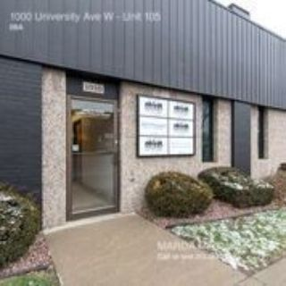 Beautiful renovated office, great for small business!!