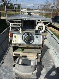 2011 Riverman Custom 24' Aluminum Flat bottom Bowfishing boat w/Center console