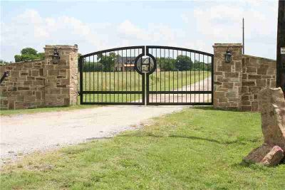 1170 Brindley Road MAYPEARL Four BR, Magnificent property checks