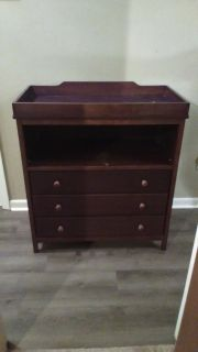 Changing table and crib/toddler bed
