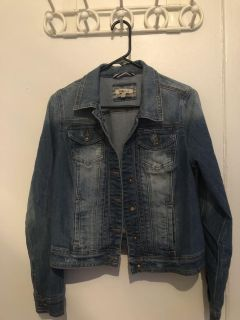 Brand new jean jacket size L/xl but made more for size L