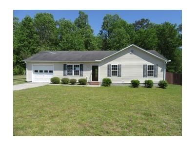 3 Bed 2 Bath Foreclosure Property in Jacksonville, NC 28540 - Nicole Ct