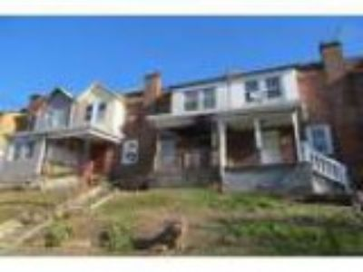 Auction Single Family Home for sale in Darby PA