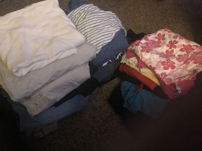 Large lot of size XL maternity clothes!!!!!