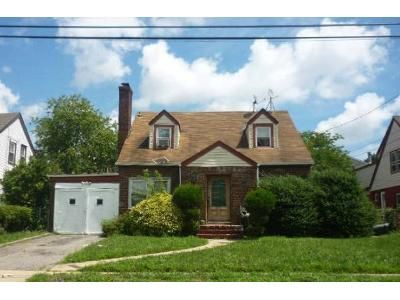 5 Bed 2 Bath Foreclosure Property in Roosevelt, NY 11575 - Brookside Ave