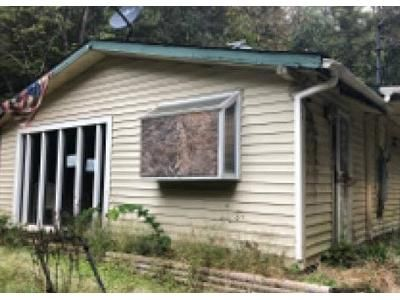 1.0 Bath Foreclosure Property in Sevierville, TN 37876 - Whaley Way