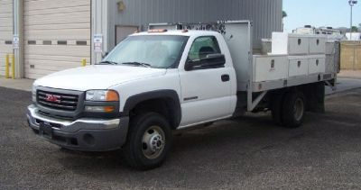 2006 GMC **FLatbed** Lots of Tool Boxes**