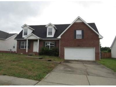 3 Bed 2.5 Bath Foreclosure Property in Clarksville, TN 37042 - Cedar Springs Cir