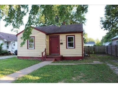 3 Bed 1 Bath Foreclosure Property in Evansville, IN 47714 - Ravenswood Dr
