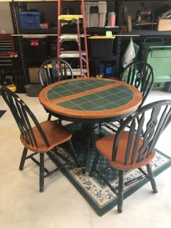 Wood and tile table with leaf and 4 chairs