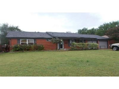 3 Bed 1.5 Bath Foreclosure Property in Oklahoma City, OK 73110 - E Morningside Dr