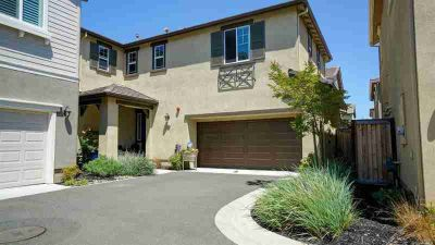4262 Depaul Court Fairfield Four BR, Picture perfect - like a