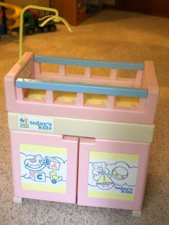 Doll baby bed and bath station