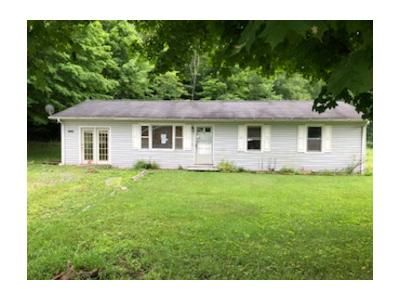 3 Bed 1 Bath Foreclosure Property in Damascus, VA 24236 - Azen Rd