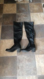 Boots, size 8.5