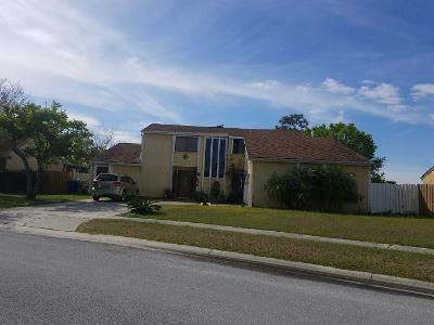 3 Bed 3 Bath Preforeclosure Property in Kissimmee, FL 34741 - Hounds Lake Ct