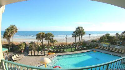 Myrtle Beach Beachfront Resort Condo- Sleeps four- Two Queen Beds- Kitchenette- Loads of Amenities