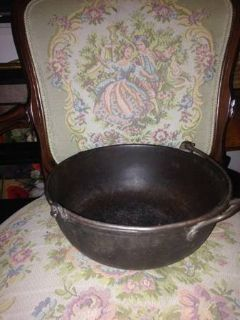 Cast Iron Camping Cookware With Swinging Handle Light Weight