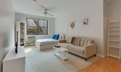 Beautifully Renovated studio in the UWS