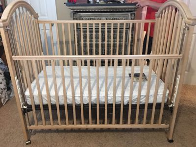 FREE Crib for project, NOT FOR INFANT USE