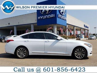 2015 Hyundai Genesis 3.8L (Casablanca White)