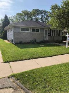 2864 S 67th St Milwaukee, You must see this beautiful Three BR