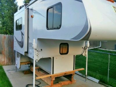 2012 Lance Camper 950S-(Dinette Slide Out)