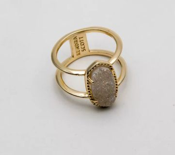 Brand new, women s size 7, silver & iridescent druzy Elyse ring!