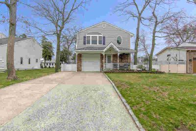 45 Catalina Drive Brick Township, this Four BR