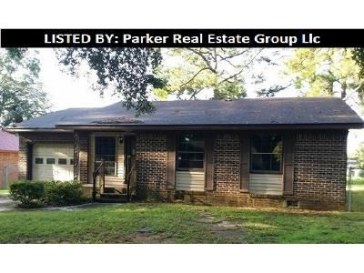 4 Bed 2 Bath Foreclosure Property in Albany, GA 31705 - Cromartie Beach Dr