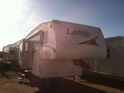 2005 Laredo 29-RL