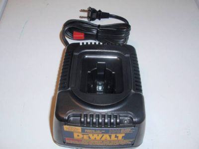 Dewalt 7-18 charger ( New )